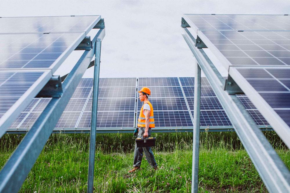 Instalador de paneles solares